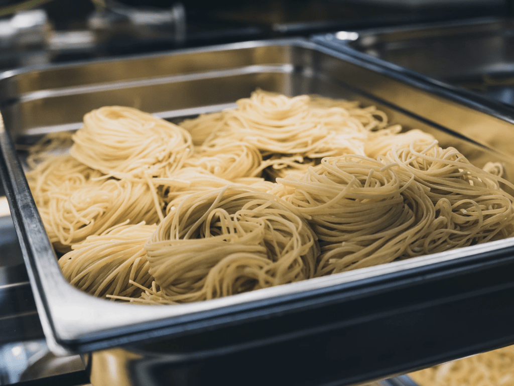 Your pasta is ready in 3 steps. Simple, isn't it? - step 1